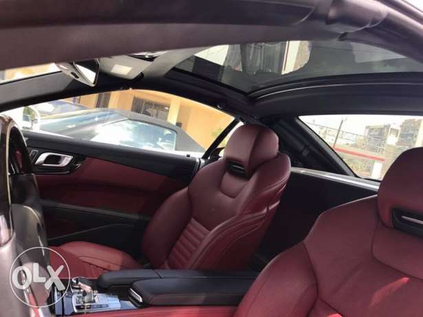 2013 SL 550 roadster white with red interior