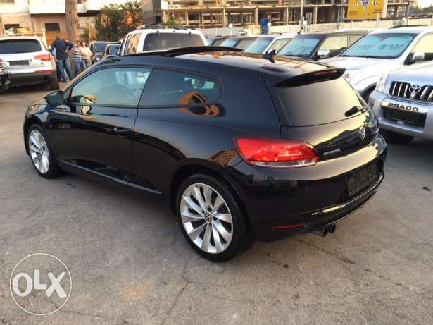 VW Sirocco 2.0T 2011 Black/Basket Top of the Line Like New! بوشرية -  6