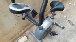 Loose weight with this programmable home fix bike