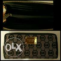 New mickael kors wallet authentic