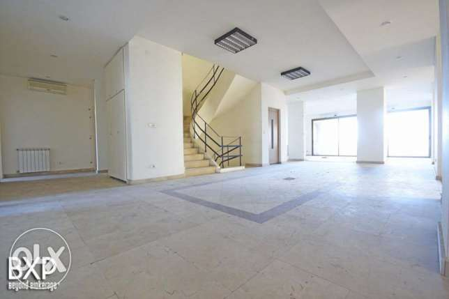 1600 SQM Building for Rent in Beirut, Summerland B5372 راس  بيروت -  1