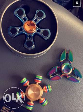Spinners from USA with boxes