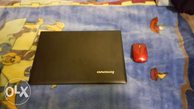 Lenovo laptop mesh mosta3mal kteer without box ma3o 2 chargers