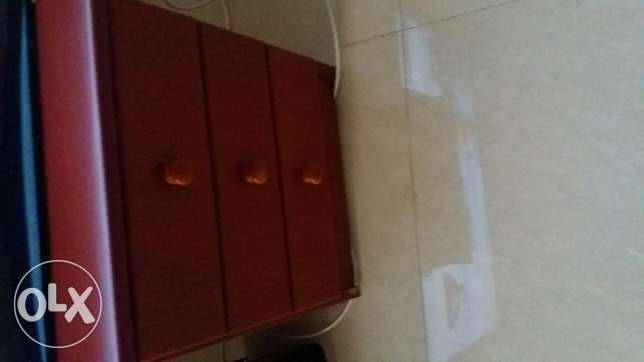 Bed with 3 comodes for sale حازمية -  1