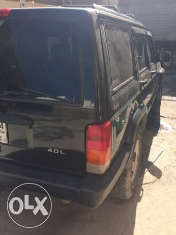 Jeep cherokee 1998 xj verry clean car كسروان -  6