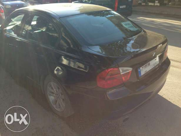 Bmw 320i black/black Full option, 4 cylinders, German origin,sensors فنار -  3