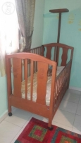 Baby bed for sale!