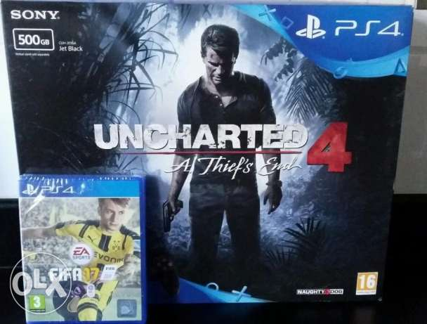 ps4 with 5 games and 2 controllers