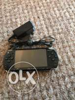 sony psp black + power very good condition