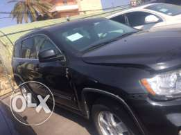 Jeep Grand Cherokee 2012 black/black interior