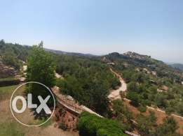 Land in Obeidat Jbeil, suitable for all parties ! ! !