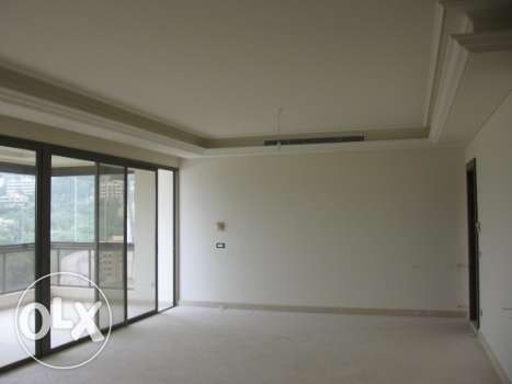 """276 sqm apartment with """"VIEW"""" for sale in Baabda"""
