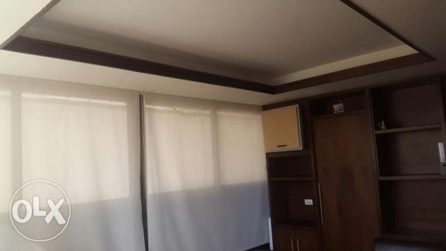 Office for rent راس  بيروت -  1