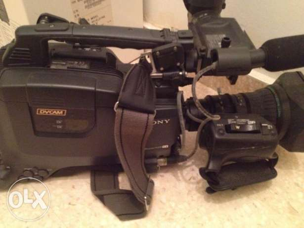 Sony Camcorder DVCAM DSR 400P
