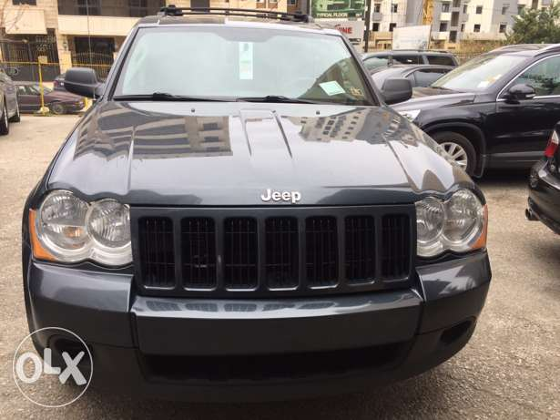 2008 grand Cherokee-leather-sunroof-mint condition