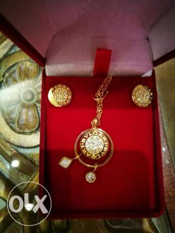 Necklaces and earings sets