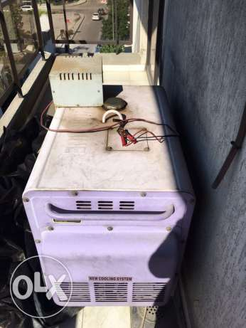 Powerline 5.5 KVA barely used. Excellent condition generator