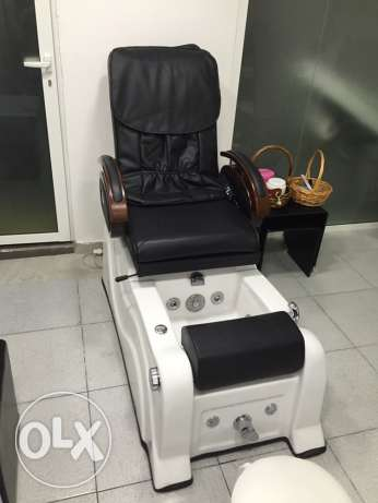 Luxurious pedicure chair