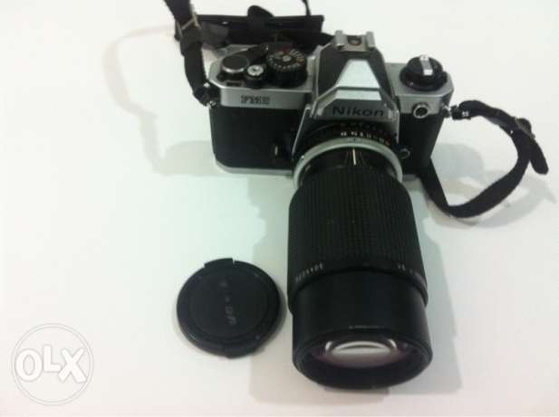 Nikon FM2 with 75-150mm lens Canon Fuji Olympus Dslr Film viewfinder