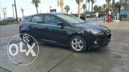Ford Focus Full option 2013 new look, Black on Red, Lebanese no accid