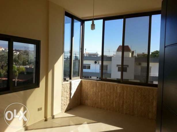Around 150 m renovated apartment for sale in Salhieh- Eastern Saida