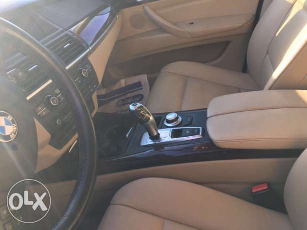 x5 ajnabe 2008 super 3.0 black 7 seats ذوق مكايل -  3