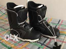 Wed'ze Snowboard Boots (Black and White)