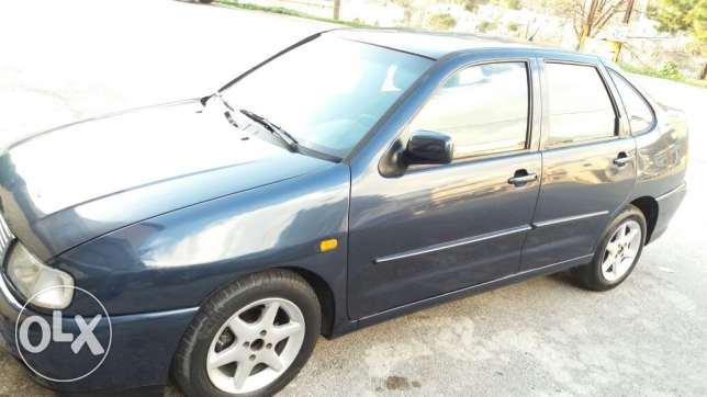 Golf polo model 97 mfawle ma 3ada vitesse