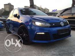 VW Golf R 2011 Electric Blue Top of the Line!