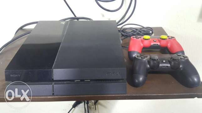 PS4 ndife ma3a masekten