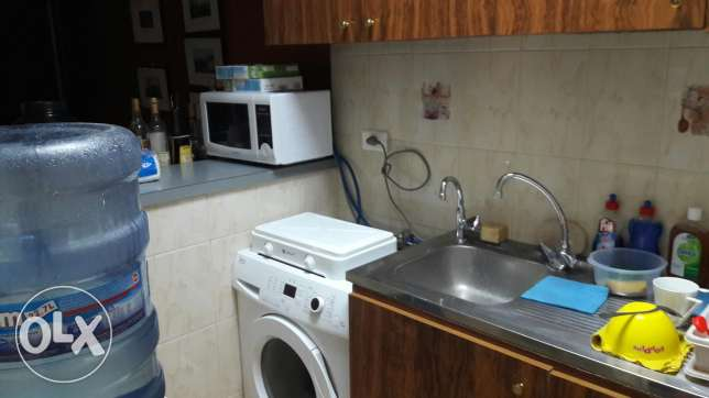 Fully furnished spacious room in an apartment in Badaro فرن الشباك -  5