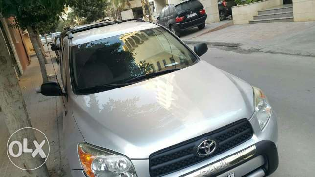 Toyota Rav4 2007..Super clean car as new..with camera