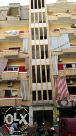 Achrafieh Without elevatior 5th floor apartment for sale