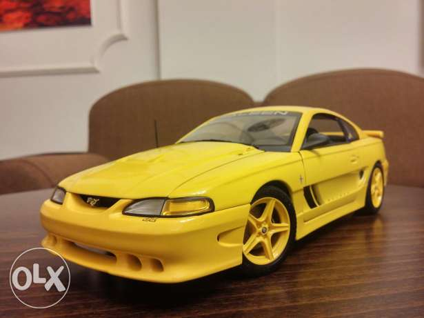 Ford Mustang Saleen S351 coupe diecast car model 1:18
