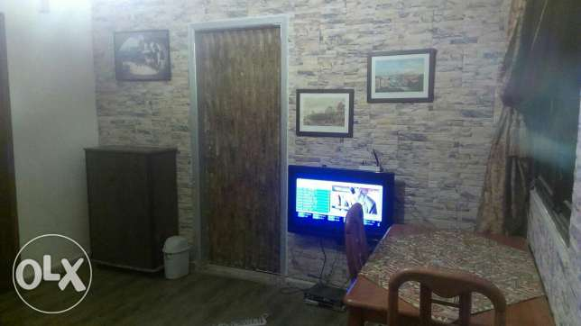 Ainlmrysi , One bedroom, one Salon , kitchin , bathroom , Balkon,Wifi ميناء الحصن -  2