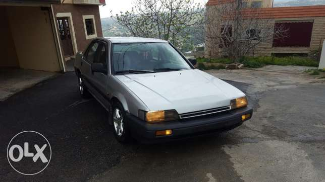 Honda accord 1987 for sale.