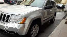 2009 Grand Cherokee Silver/Black leather- Full options From USA