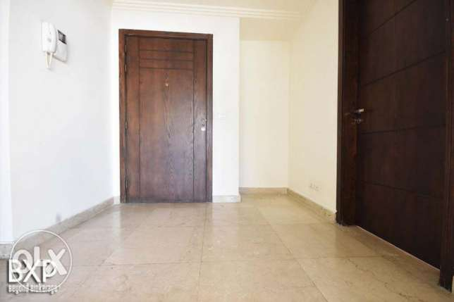 200 SQM Apartment for Rent in Beirut Sanayeh, AP5054
