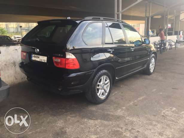 x5 2004 super clean all new inside outside 4 new Michelin tires