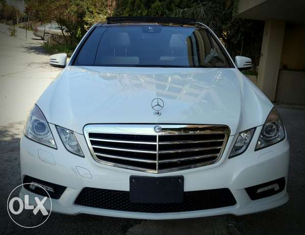 Mercedes E350 - Special car - Panoramic - Look AMG