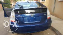 Sell toyota prius hybrid very clean