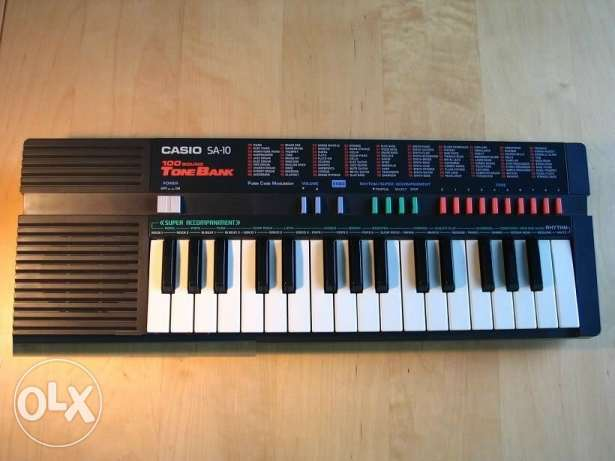 vintage 80's Casio SA-10 Tone Bank Mini Keyboard In Great Condition