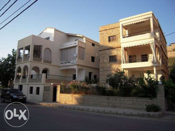 Two buildings on the same lot for sale in Bhamdoun Village