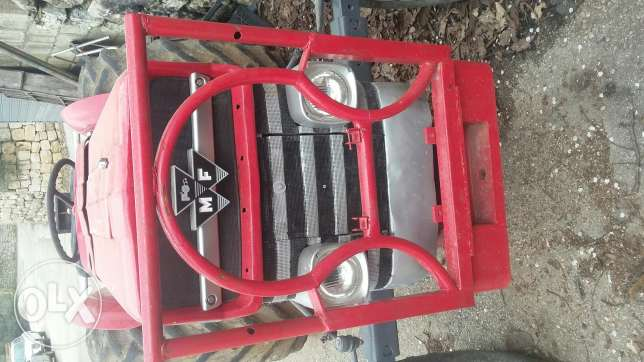 Tractor Ferguson for sale. like new
