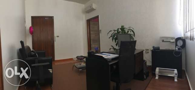 For rent office in main road mar elias