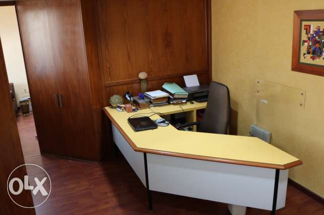 Furnished Office for rent In Hazmieh Accaoui center 4th floor