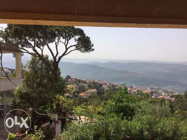 Baabdat Luxury 550 sqm Apartment, Terrace & Garden with nice view