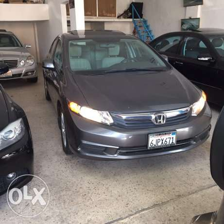 honda civic EXL model 2012 jeld w fat7a w jnota صرفند -  1