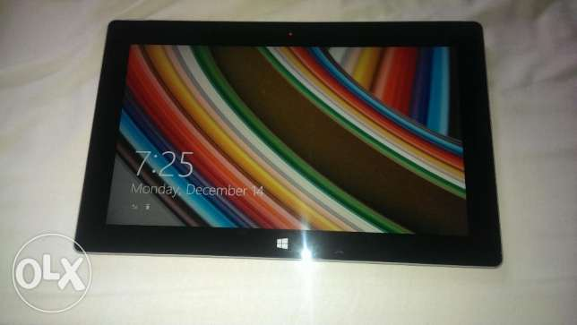 windows Surface 2..quad core 32gb,,touch 2aw2at b 3ali2,,trade or cash