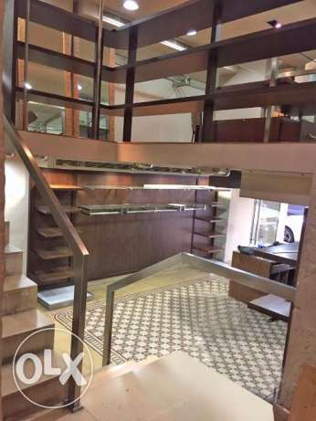 Shop for Rent in Hamra facing AUB راس  بيروت -  4
